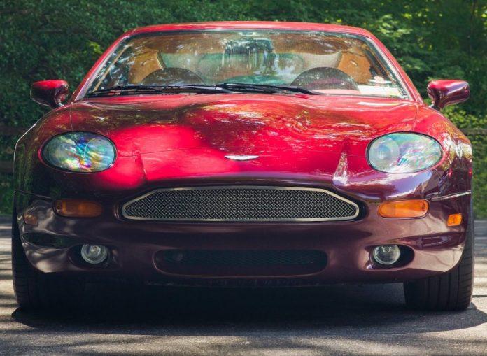Aston Martin DB7 nose