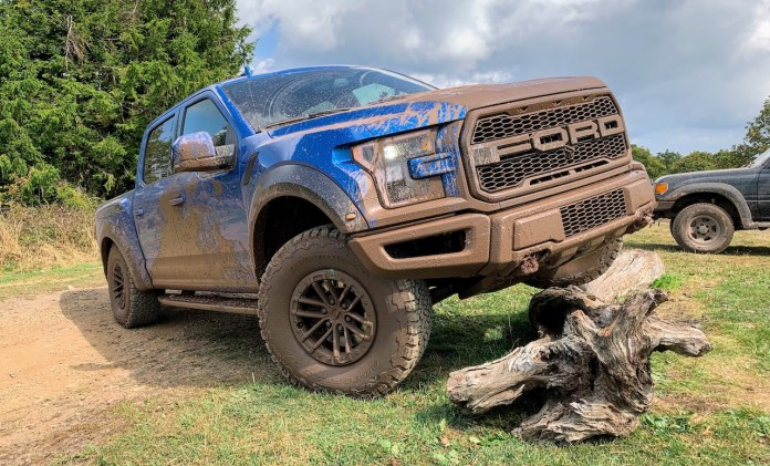 F150 Raptor off-road mud