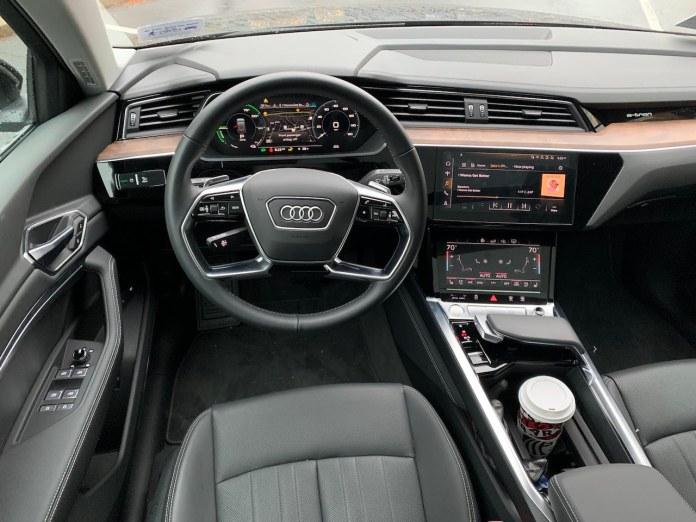 2020 Audi E-Tron dashboard