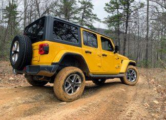 Jeep Wrangler EcoDiesel off-road