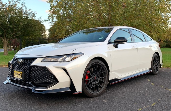 2020 Toyota Avalon TRD white