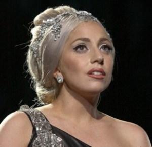 Gaga wins GLAAD award