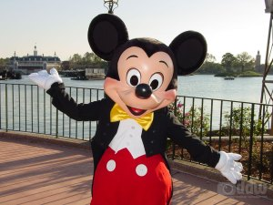 Mickey Mouse joins Obama in supporting gay marriage