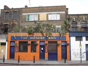 Iconic East End Gay Bar To Close