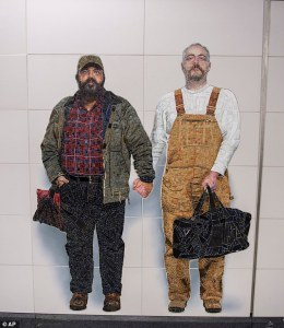 NYC subway features mural of gay couple