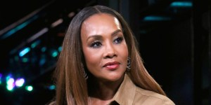 Vivica Fox apologizes to LGBT community over offensive remarks