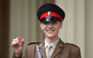 Capt. Hannah Graf collects MBE from HRH Prince William