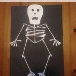 Easy Halloween Q-Tips Skeleton Craft