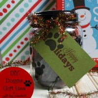 DIY Doggie Gift Idea Plus Paw Printable Gift Tag & Giveaway #MakingDogsSmile
