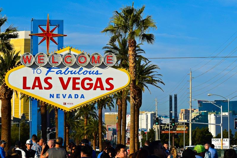 The Ultimate Las Vegas Nevada Road Trip •