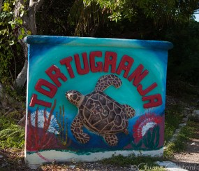Sign at the entrance of Tortugranja