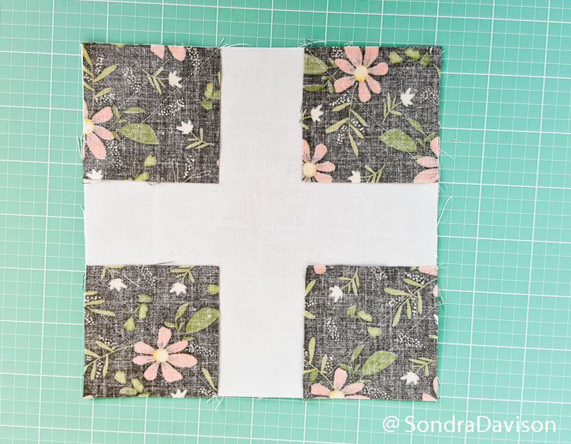 making a snowball quilt block with bonus blocks