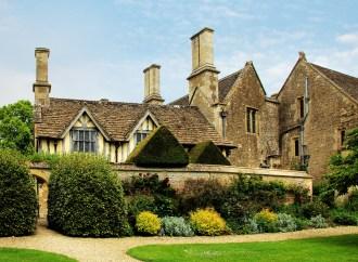 Preços das casas no Reino Unido vão cair 14% em 2021