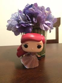 Hot Topic Exclusive Dancing Ariel with Glitter