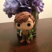 Hot Topic Exclusive Newt Scamander and Pickett