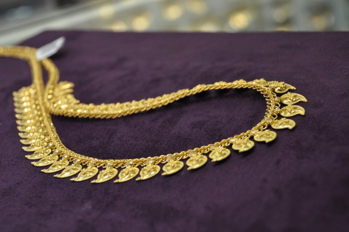 Gold Accessories in Little India