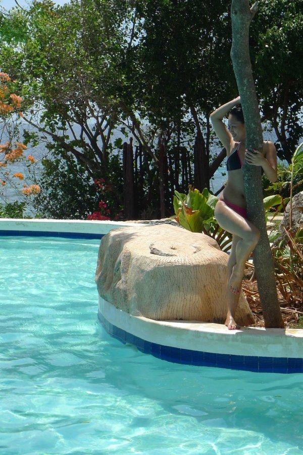 Sumilon Island Resort Infinity Pool