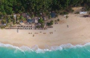Puka Beach photo by Red Morley Hewitt via Unsplash