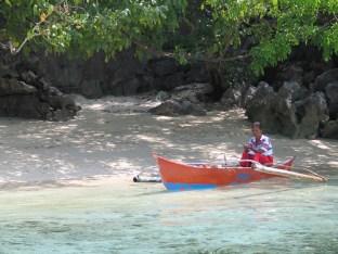 Tagbanua Lady prepares for fishing