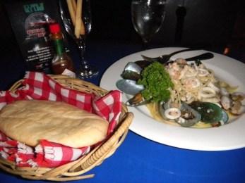 IL Pontecello Oil Based Seafood Pasta