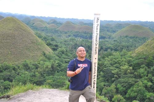 melo villareal pinoy travel blogger