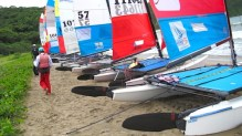 Sailors getting ready to brave the winds in Hamilo Coast