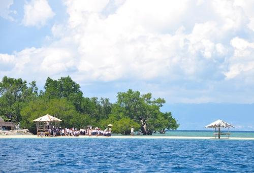 An afternoon in Hambongan Island