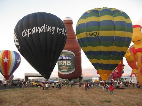 Hot Air Balloons Fiesta in Pampanga 2012