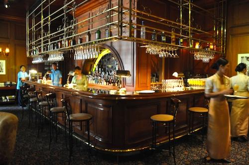 bars in manila hotel