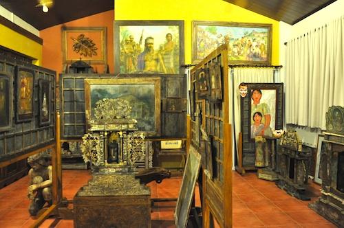Amarela Mini Museum