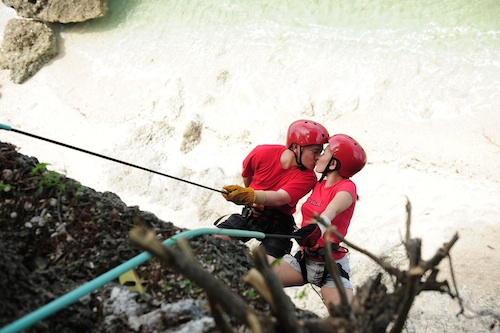 Rappelling in Antulang
