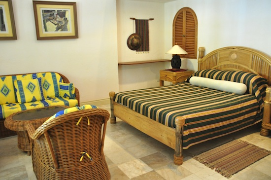 Rooms rates at Coco Grove Siquijor
