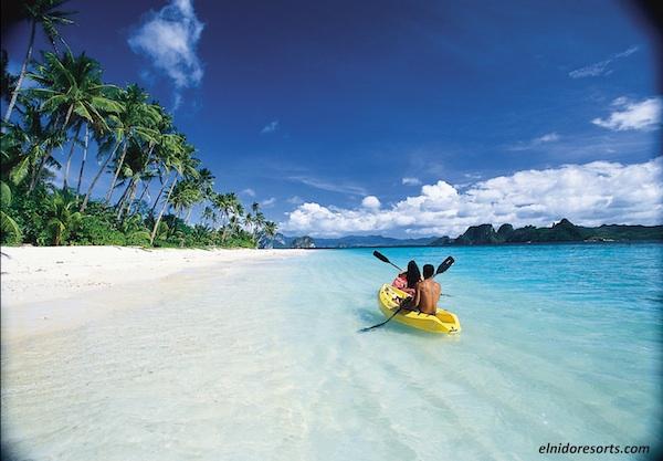 Kayaking in Pangulasian Island Resort