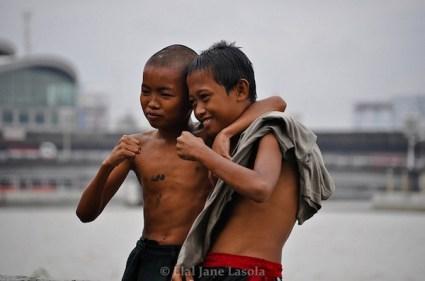 Kids at Manila Bay