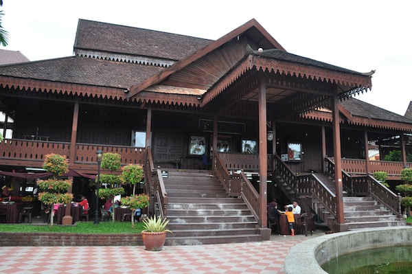 Handicraft Village and Craft Museum