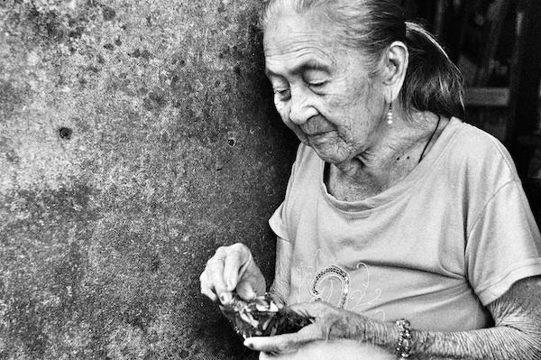 Lola Conching Achay - a bolo-bolo healer