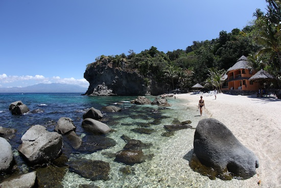 Apo Island Beach Resort by Ola Welin
