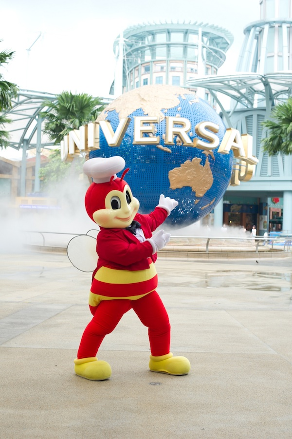 Jollibee Family Getaway 35th Anniversary Promo Jollibee in Universal Studio Singapore