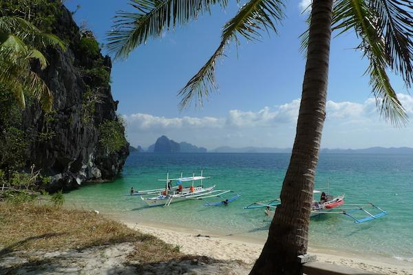 Seven Commandos Beach in El Nido Palawan