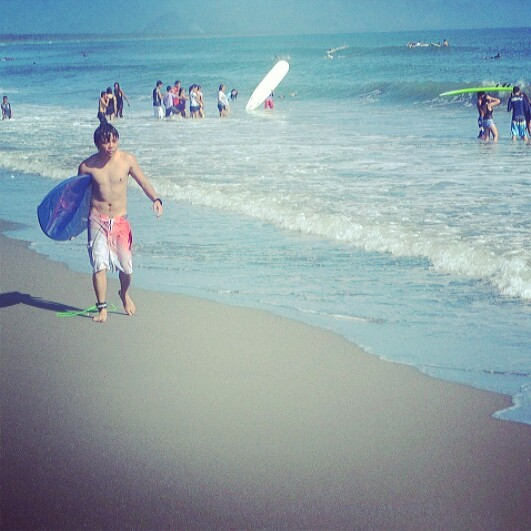 Surfing Lessons in Baler (photo by Chris Juloya)
