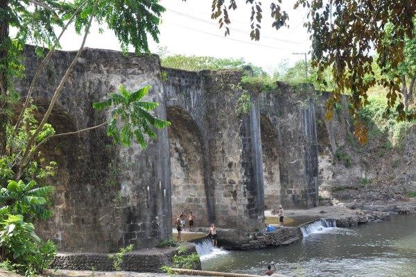 Malagonlong Stone Bridge