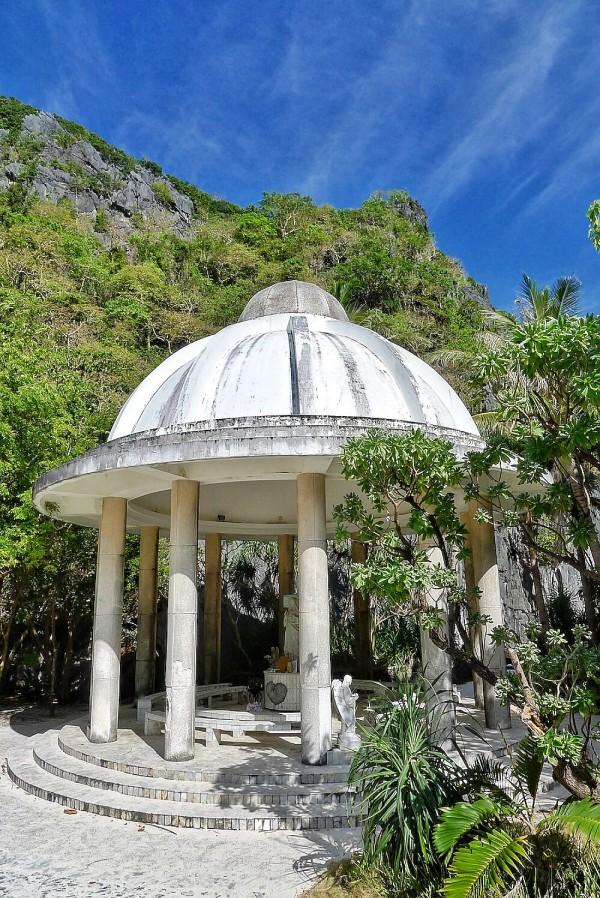 Mini Chapel in Matinloc Shrine