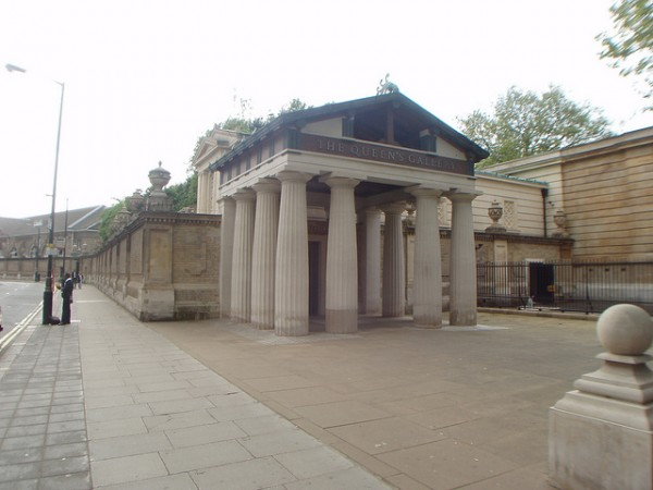 London Queen's Gallery photo by Christine Franck