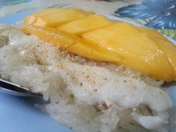Mango Sticky Rice photo by Houang Stephane