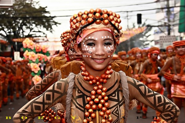 Cebu Sinulog Festival photo by Jonathan Burgos via Flickr Creative Commons