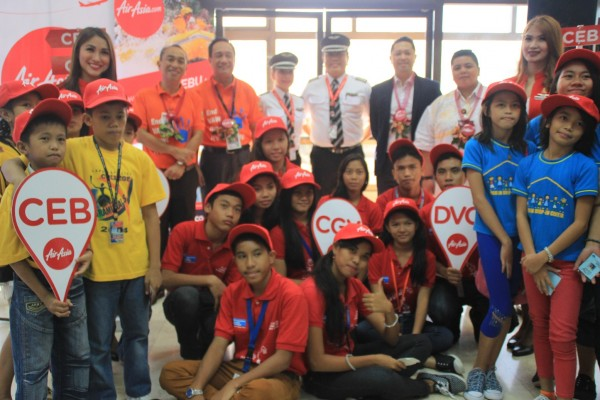 30 street kids from partner NGOs in Cebu and Davao join AirAsia's maiden flight from Cebu City to Davao and Cagayan de Oro in the Philippines