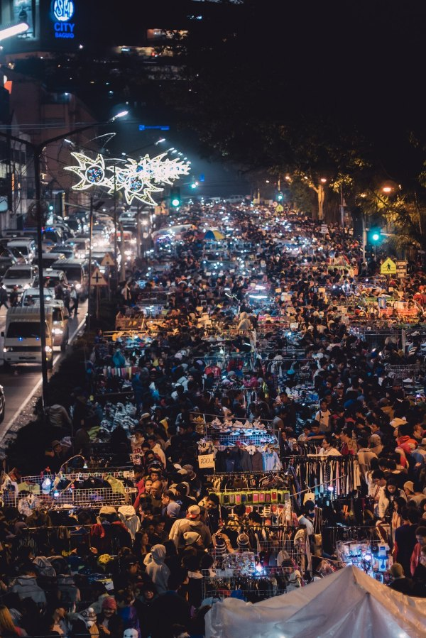 Baguio City Night Market photo by Austin Nicomedez via Unsplash