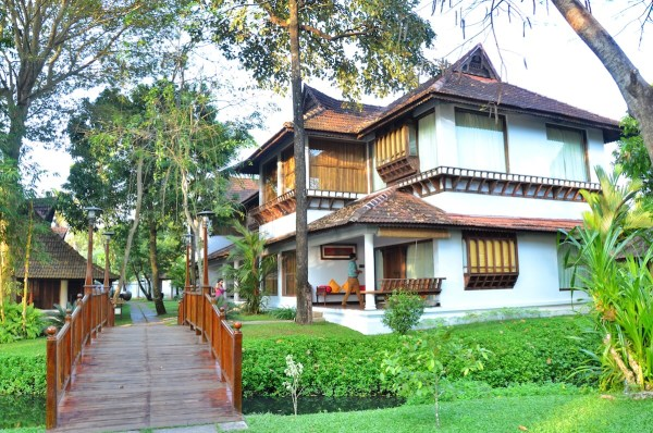 Luxury Villas at Kumarakom Lake Resort