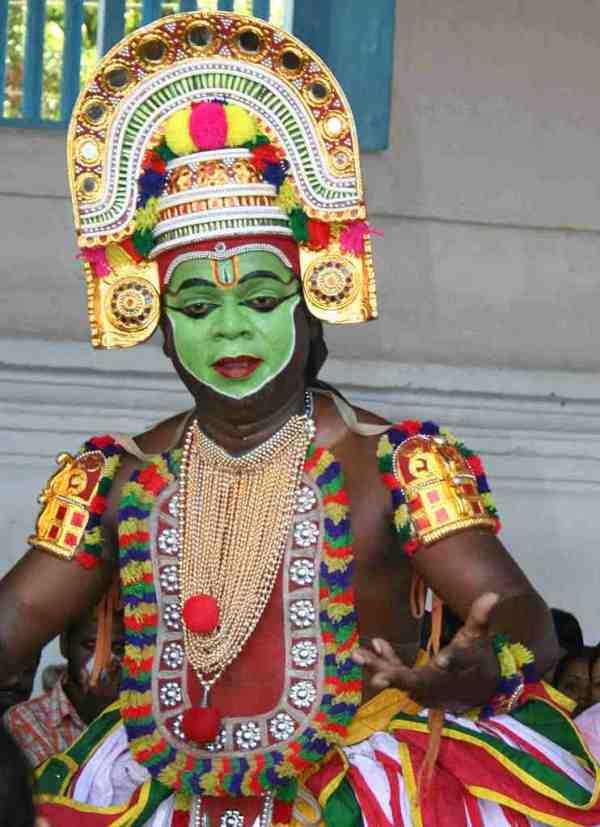 Thrippunithura Ottanthullal Performer