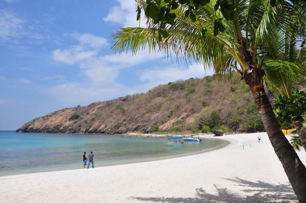 White Beach in Santelmo Cove